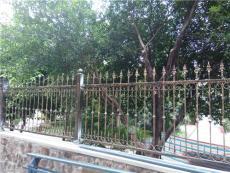 重庆花园铁艺栏杆厂家直销周末大优惠