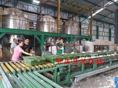 青岛启跃机械的枕头生产线已经运行生产