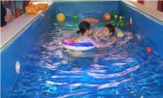 小鴨當家嬰兒游泳館給你講解嬰兒游泳好處多