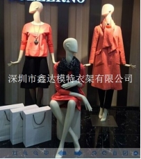 新乡服装展示道具专业制作厂家