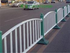 甘肃兰州晋龙护栏 锌钢护栏 草坪护栏
