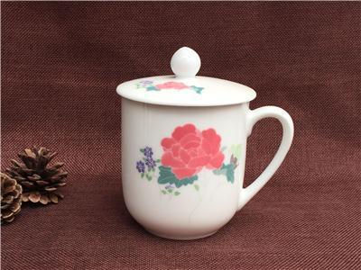釉下五彩陶瓷茶杯 手绘会议杯子 商务礼品杯