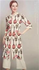 武汉爱弗瑞服饰供应草叶集18年夏装专柜正品