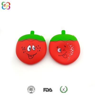 供应广州韩版风范硅胶钱包 新款草莓拉链包