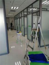 天津玻璃隔斷安裝玻璃隔斷效果圖