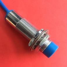 耐高溫電感式接近開關IFL10-30-10YST-1310