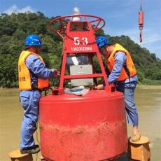 连云港水上警示浮标抛设现场图片
