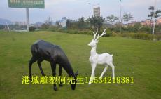 深圳供应碧桂园楼盘玻璃钢几何抽象鹿雕塑厂