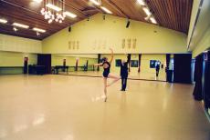 北京舞蹈地胶销售-舞蹈房健身房pvc地板安装