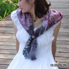 围巾工厂 印花围巾加工厂 定制色彩灵动围巾