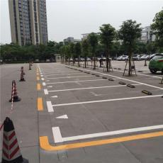 广州学校操场跑道划线广州专业冷喷划线厂家