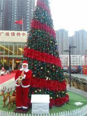 郑州红日专业生产定制各种户外大型圣诞树