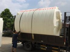 雄亚塑胶厂家塑料水塔塑料方箱环保塑料储罐