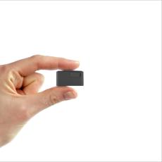 微型免安装个人宠物追踪器汽车防丢器