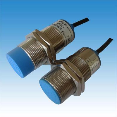 常开接近开关LJA71-3015DK/DC24V频率响应快