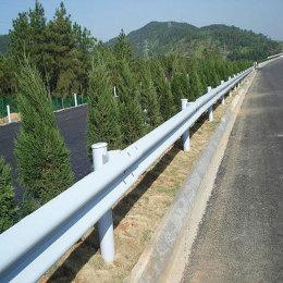 镀锌带高精密喷塑波形护栏板 不生锈不脱塑