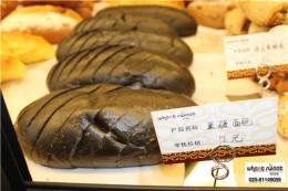 蛋糕食品招商欧风麦甜烘焙顾客都喜爱