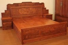 西安仿古實木雙人床 中式古典紅木床廠家