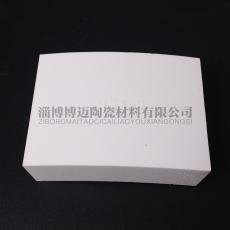 旋流器耐磨陶瓷衬板 弧形氧化铝衬板生产厂