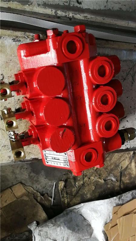 收割机液压分配器dls-l15f-at.ot.ot.at图片