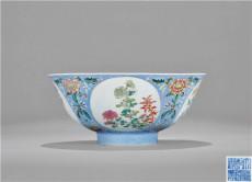 清乾隆洋彩花卉碗拍卖行有几家