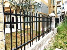 东莞铁艺围墙栏杆 工厂户外围栏栅栏