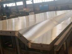 供天水防撞墻鋼模板和甘肅自行式防撞墻報價