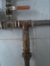 太原修暖氣管道閥門漏水更換暖氣片清洗打壓