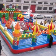 幼儿园室内充气城堡小孩蹦蹦床广场滑梯气包