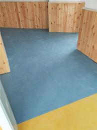 室内塑胶地板 使用什么材料