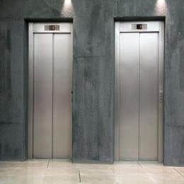 高港区电梯回收旧电梯专业拆除回收欢迎联系