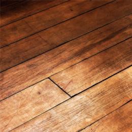 老王师傅木地板局部更换经验专业维修起拱