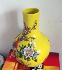 清雍正琺瑯彩瓷器