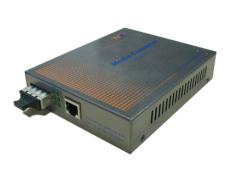 自适应加POE供电快速以太网光纤收发器