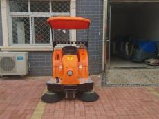 百利洁驾驶式扫地机
