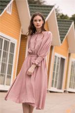 怎么做服装代理广州歌菲琳服饰公司女装穿