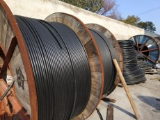 连云区电缆线回收工厂废旧拆除电力设备回收