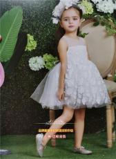 一直被宝妈们追求品牌童装亲亲棉花糖公主裙