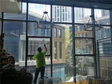 兴义玻璃贴膜家庭窗户淋浴房贴膜上门施工