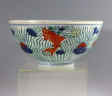 大明斗彩魚藻紋杯有交易成功的嗎