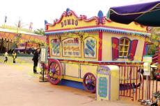 主題樂園售賣商鋪廣場售賣崗亭木制售貨亭