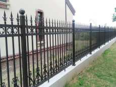 铝艺护栏型材批发铝艺护栏多少钱一米