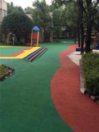 幼儿园塑胶跑道EPDM运动场地儿童运动地面