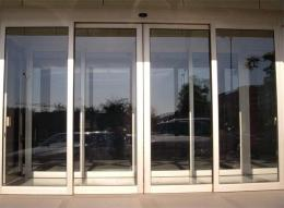天津津南区专业安装玻璃感应门肯德基门