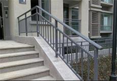 天津红桥区制作安装铁艺大门别墅围栏防护窗