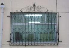 天津南开区制作安装铁艺大门别墅围栏雕花