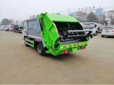 湖北东风多利卡5方压缩垃圾车