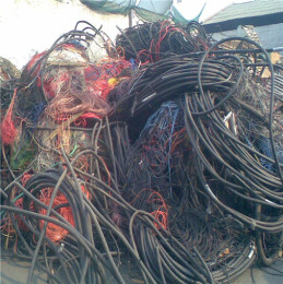 海東哪里回收廢電纜-拆遷電纜回收