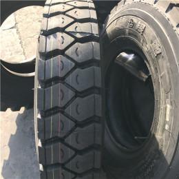 货箱车轮胎 载重型卡车 9.00R20 银宝