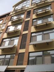 上海太陽能廠家直銷壁掛式分體太陽能熱水器
